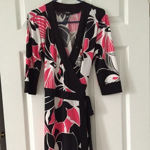 Alfani Petite black & pink print wrap dress